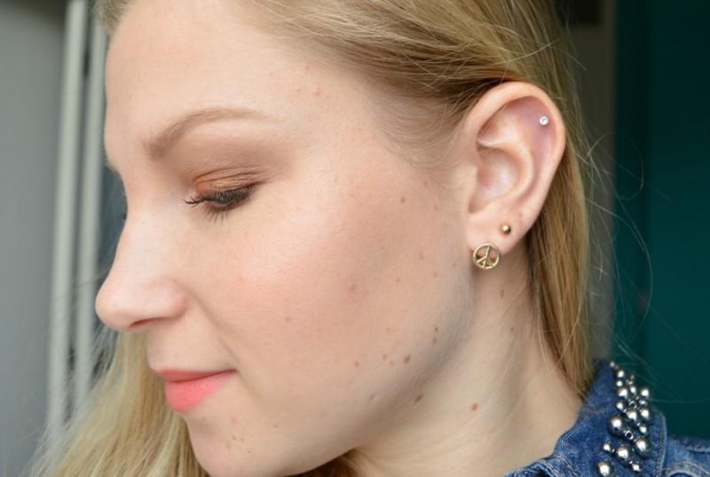 Helix piercing zetten pijn