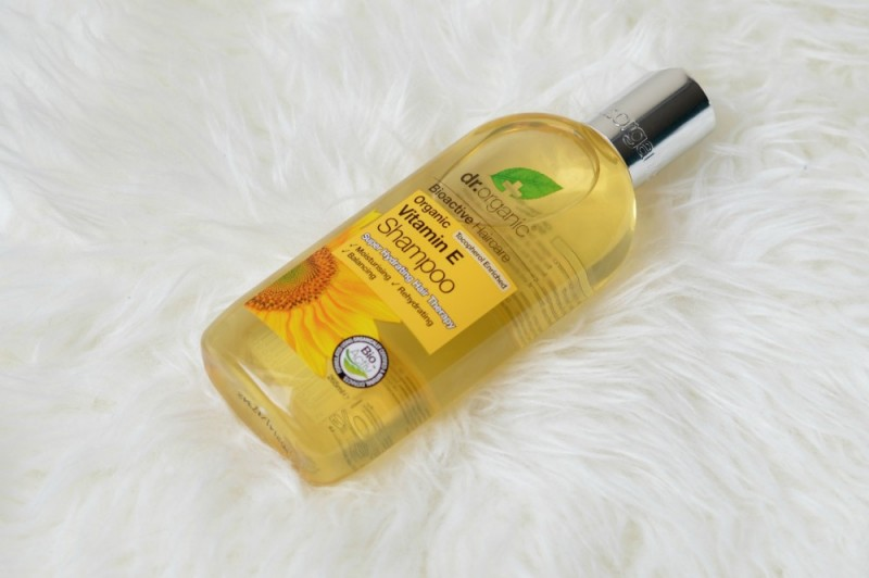 Dr Organic Vitamin E shampoo