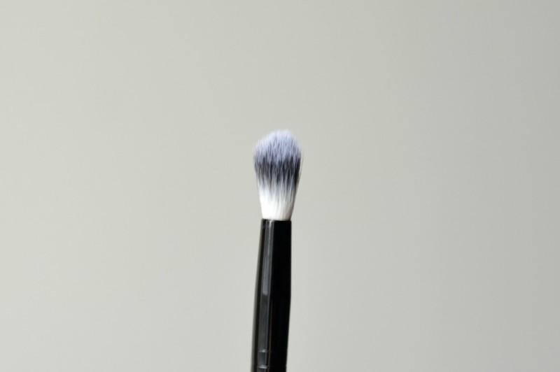Ebelin bleding brush