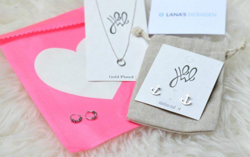 Minimalistische sieraden van Lana's sieraden