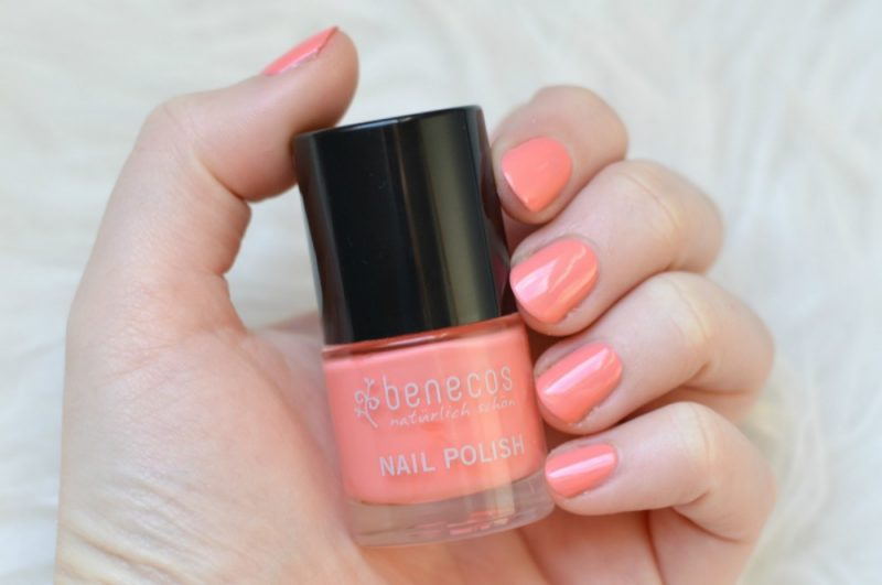 Benecos peach sorbet nagellak swatch