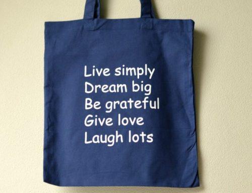 Duurzame tassen met quote | 3 x winactie!