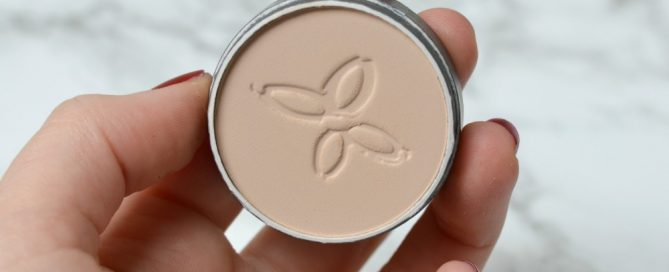 Review Boho compact powder beige clair