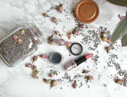 Emani Prismatic lipstick Shangri-la + Color Dust Kryptonite