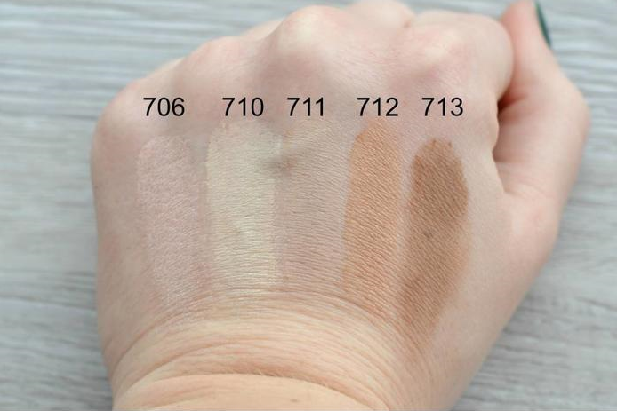 Uoga Uoga eye shadow swatches