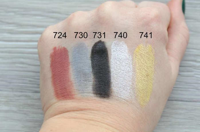 Uoga Uoga make up swatches